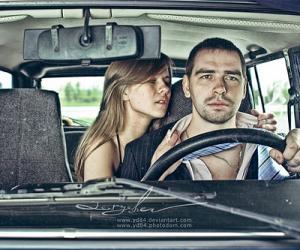 """很黄很暴力!俄摄影师拍摄的""""汽车里那些事儿""""(组图)"""
